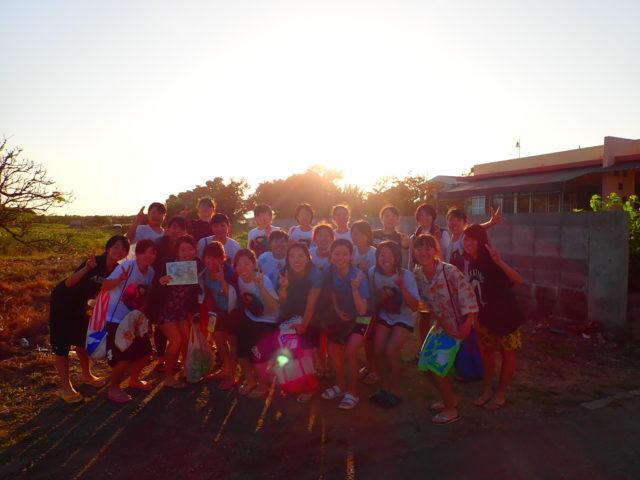 ツアー後 学生団体 記念写真