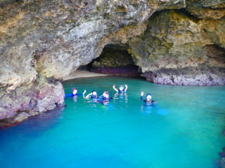 【人気】マングローブSUP/カヌー&青の洞窟シュノーケリング&滝つぼ遊び【1日プラン】
