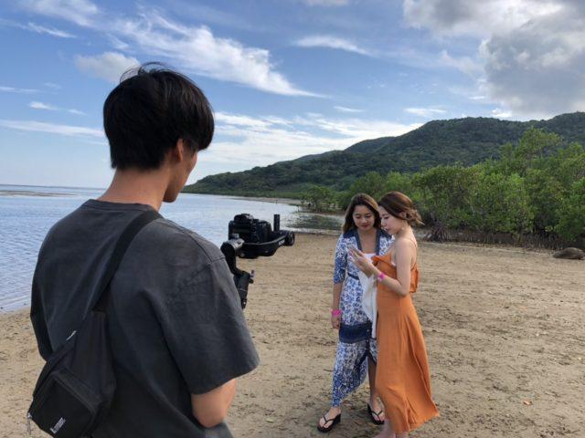 石垣島のビーチでの撮影風景